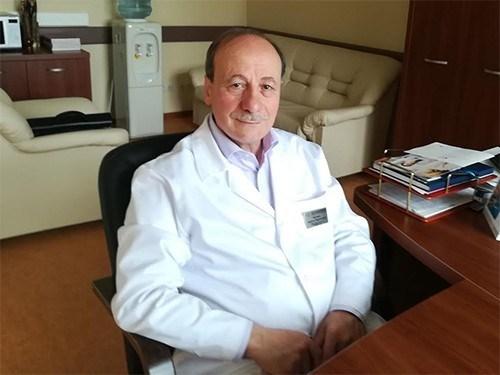 Πρώτη μεταμόσχευση βιονικού ματιού στη Ρωσία με επικεφαλής τον Έλληνα Χρήστο Ταχτσίδη