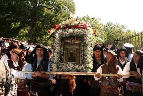 Икона Панагии Сумелы будет выставлена в Александро-Невской лавре