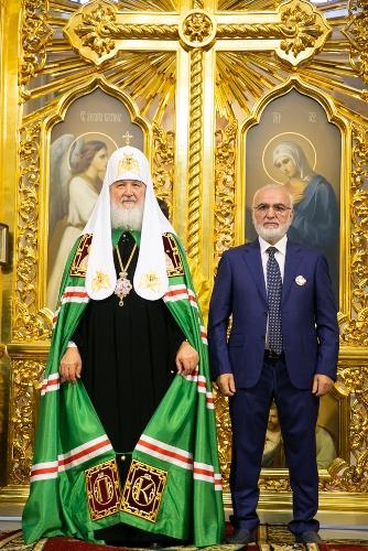 Иван Саввиди награжден за помощь в восстановлении  кафедрального собора Рождества Пресвятой Богородицы