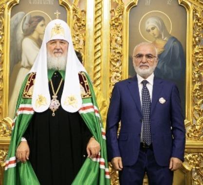 Ο Ιβάν Σαββίδης τιμήθηκε για την προσφορά του στην ανακαίνιση του Καθεδρικού Ναού της Γεννήσεως της Θεοτόκου