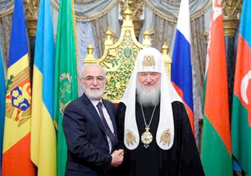 Иван Саввиди посетил торжественный прием по случаю одиннадцатой годовщины интронизации Патриарха Московского и всея Руси