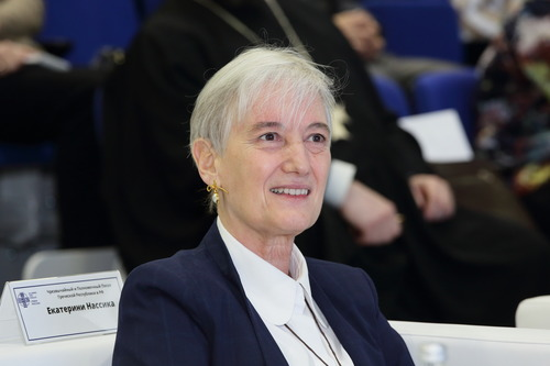 Αικατερίνη Νασίκα: «Πιστεύω ότι η γνωριμία μας στο Ροστόφ θα αποτελέσει την αρχή μίας καρποφόρας αλληλεπίδρασης προς όφελος των Ελλήνων της Ρωσίας και προς όφελος της Ελλάδας μας»