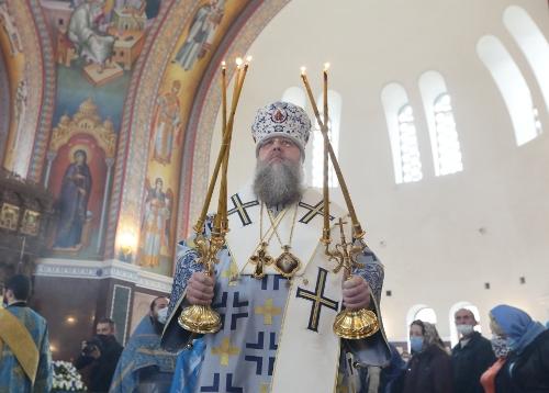 В праздник Благовещения Пресвятой Богородицы в ростовском Благовещенском храме прошла Божественная литургия