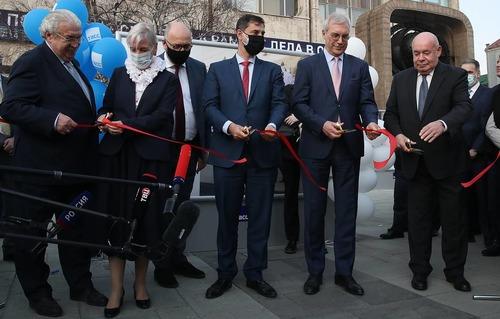 Фотовыставка к 200-летней годовщине независимости Греции открылась у штаб-квартиры ТАСС