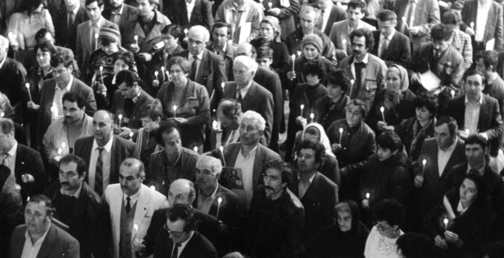 Delegates of the First Constituent Congress of the USSR Greeks gave their prayers to the God with burning candles in their hands March 29-31, 1991.