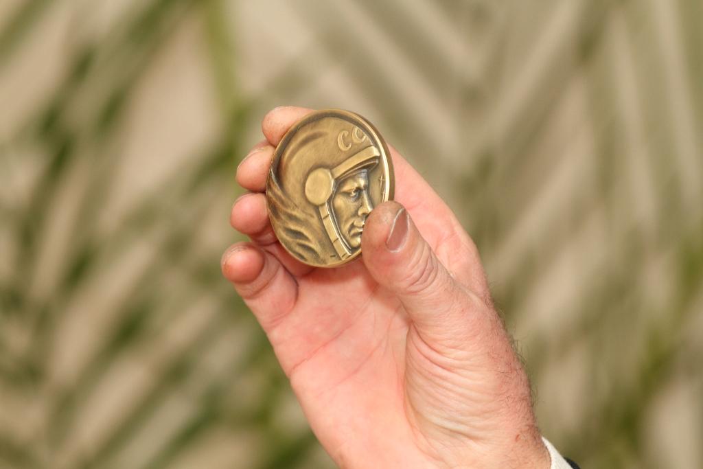 Одна из уникальный памятных космических медалей для Ф.Н.Юрчихина