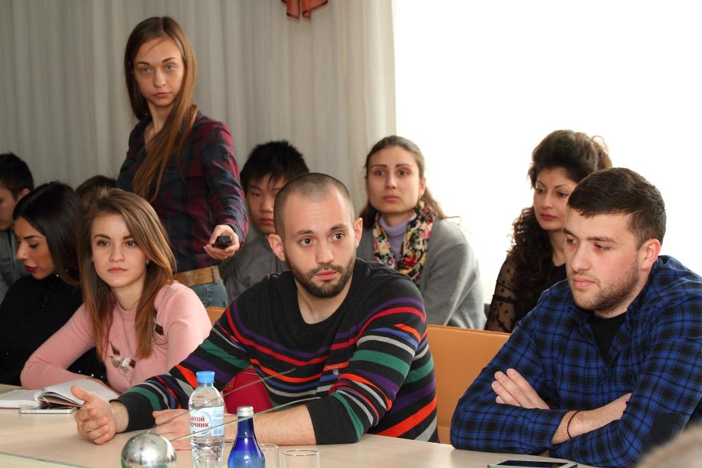 На круглом столе с участием Федора Юрчихина