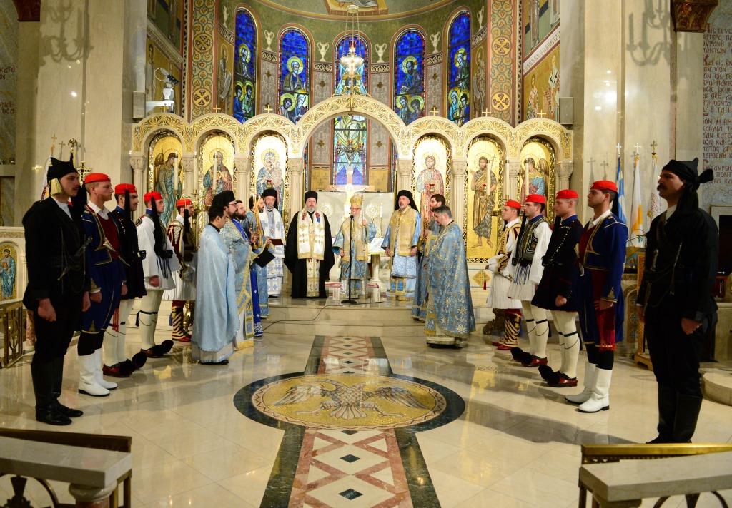 Литургия в Кафедральном храме Святой Троицы, 26 марта 2017