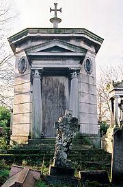 Мавзолей Валлианоса в West Norwood Cemetery