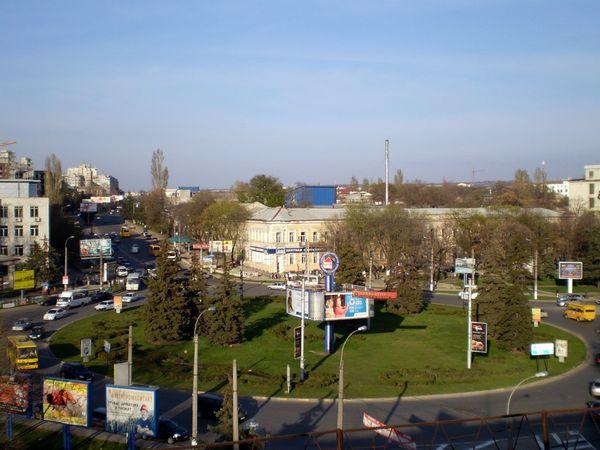 Το κεντρικό εργοστάσιο του Χριστοφόροφ βρισκόταν στον σημερινό κυκλικό κόμβο Κουϊμπίσεφσκι